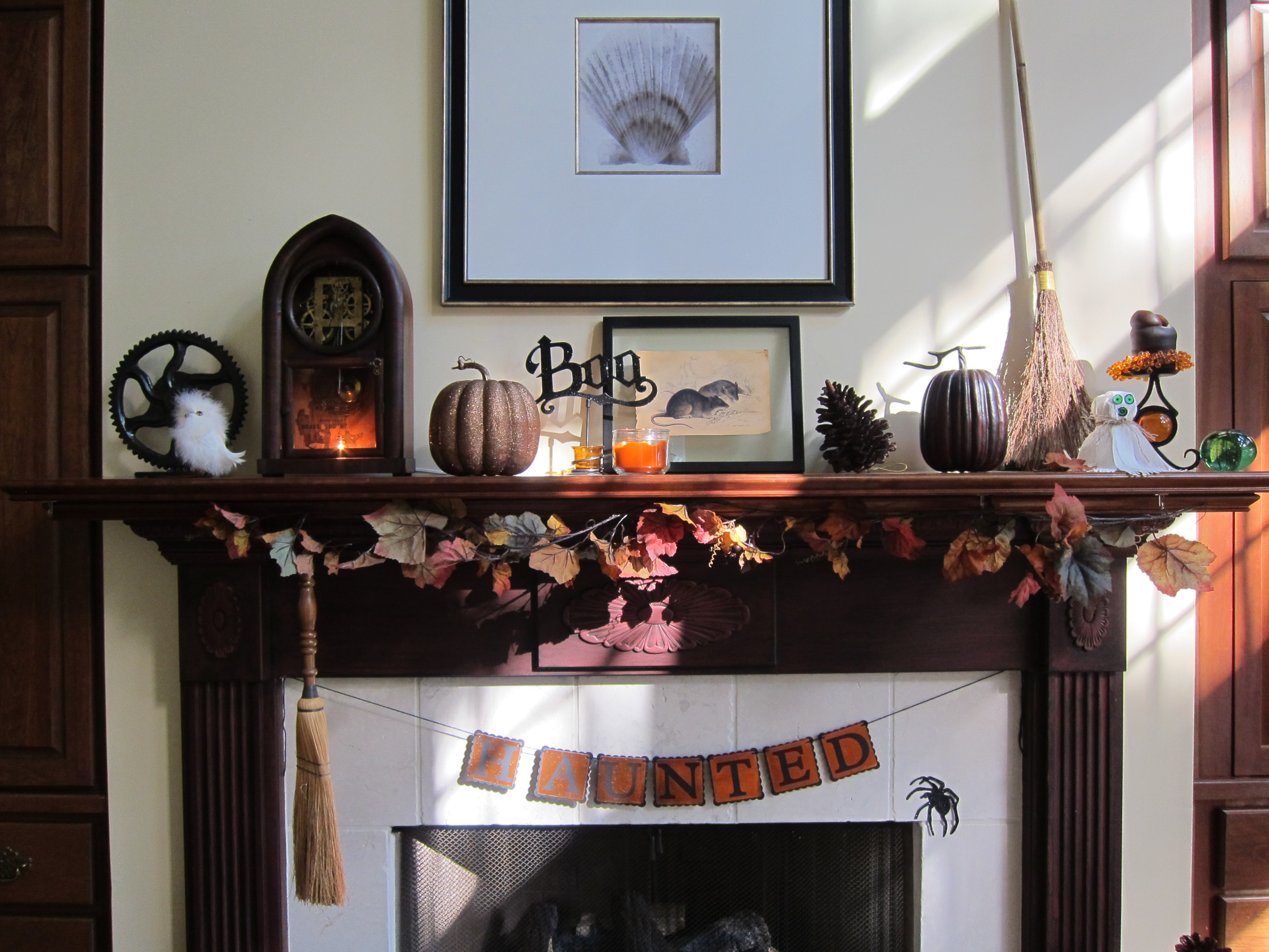 Halloween home decor inspiration a quirky creative for Home decor inspiration