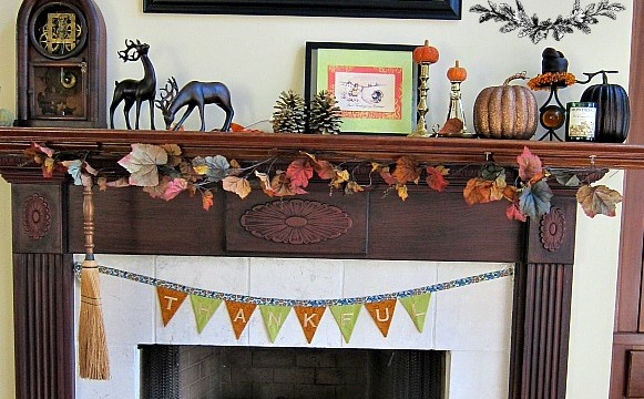 Embroidered Thankful Banner!